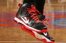 LeBron James Sports PE 'Away' Elite Signature for Game 3 at MSG
