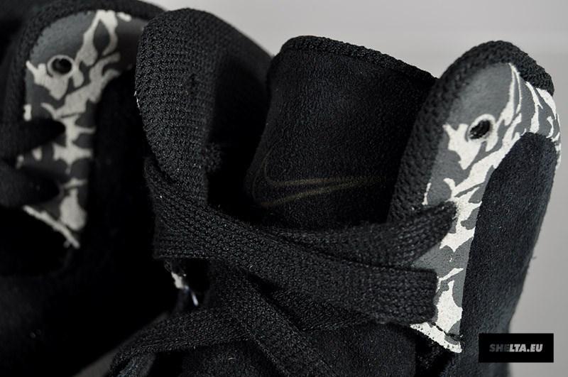 Liberty x Nike Hyperclave Lite 'Black/Sail-Sail'
