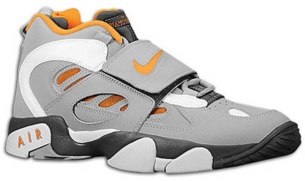 Nike Air Diamond Turf II 'Dark Grey/Wolf Grey-Vivid Orange'