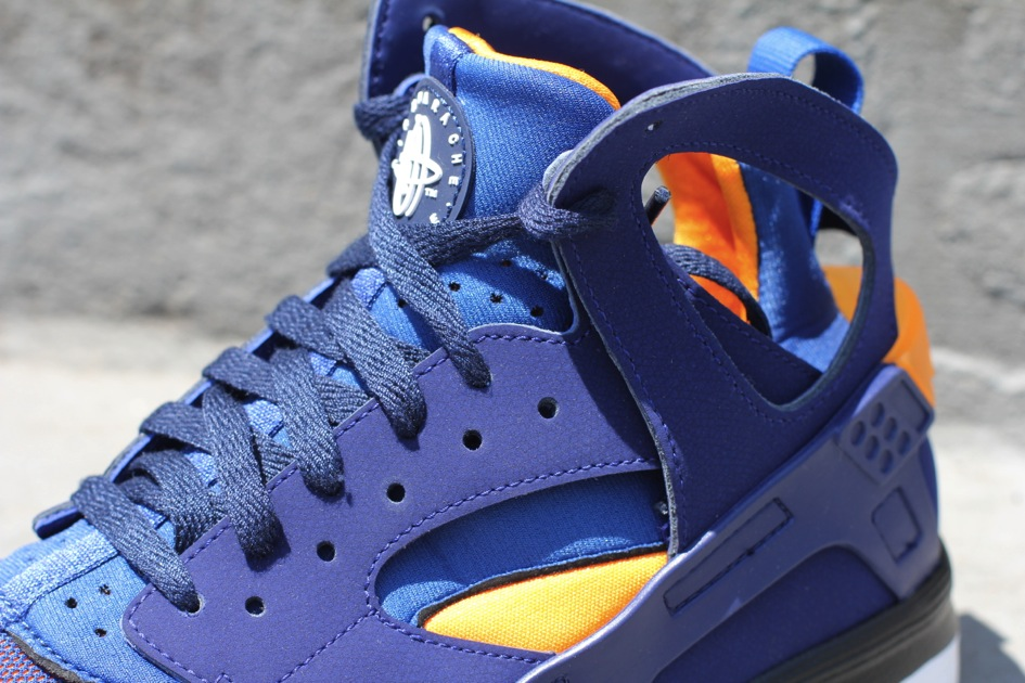 nike air huarache loyal blue