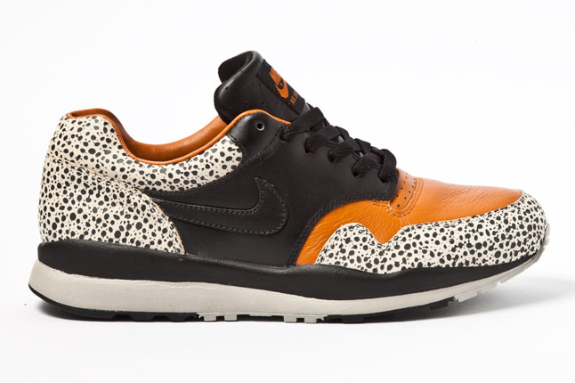 Nike Air Safari 2012 Retro
