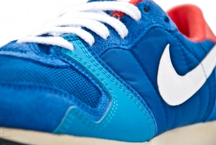 Nike Air Vengeance VNTG 'Game Royal/University Red-Dynamic Blue' - Another Look