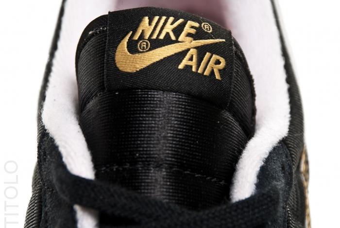 Nike Air Vortex 'Black/Metallic Gold-White'