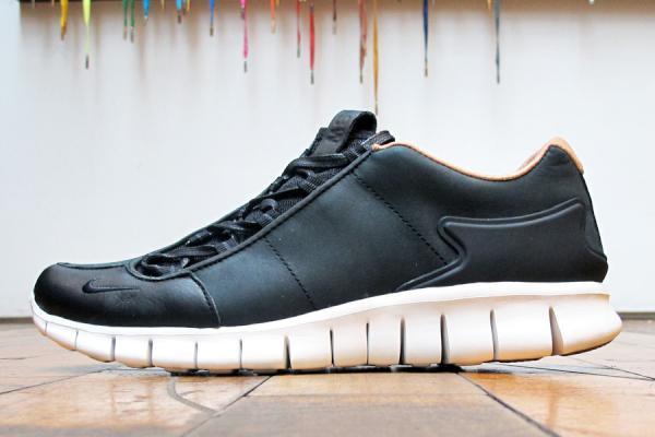 Nike Footscape Free Premium NSW NRG 'Black' - Now Available