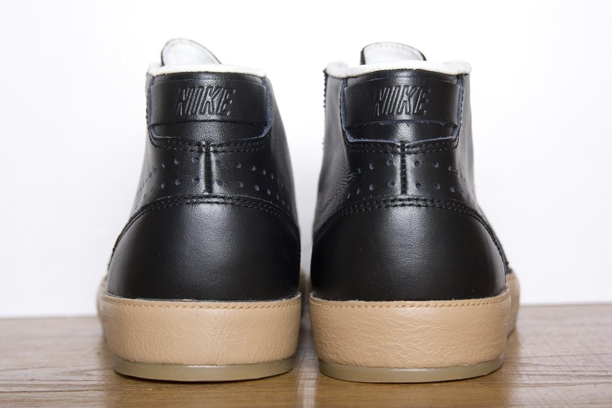 Nike Hachi Premium QS 'Black/Black-Pale Shale-Sail'