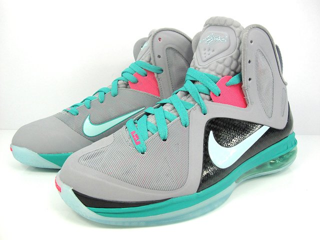 Nike LeBron 9 P.S. Elite 'South Beach' - Another Detailed Look