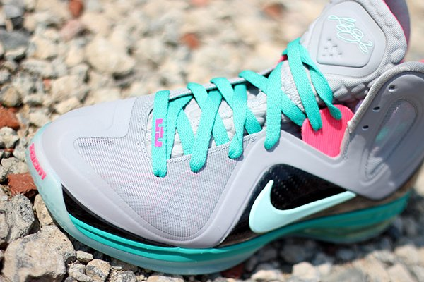Nike LeBron 9 P.S. Elite 'South Beach' at Social Status