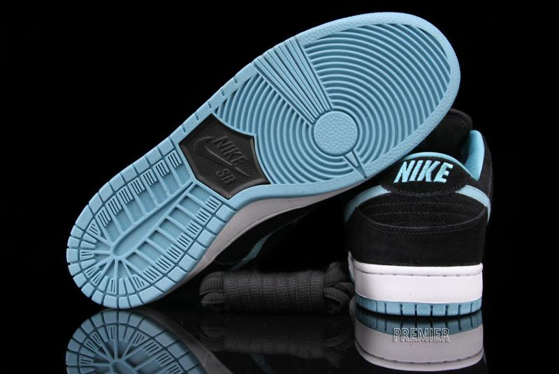 Nike SB Dunk Low 'Black/Clear Jade'