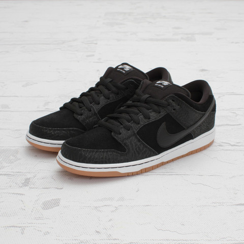 Nike SB Dunk Low Premium QS 'Lights Out' at Concepts