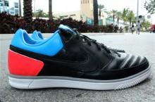 Nike5 StreetGato 'Black/Blue Glow-Solar Red'