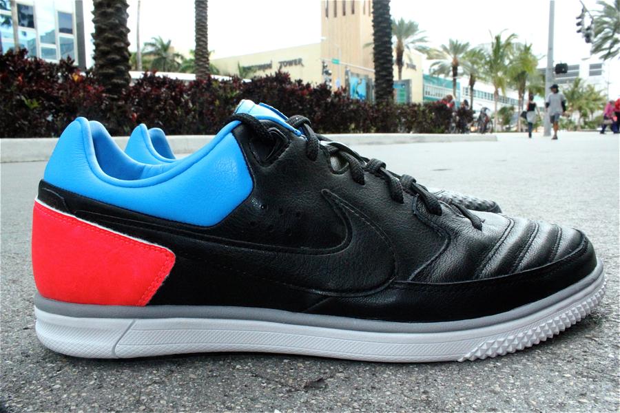 Nike5 StreetGato Black/Blue Glow-Solar Red