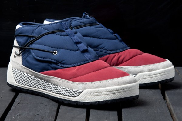 adidas-blue-hikelander-snow-2