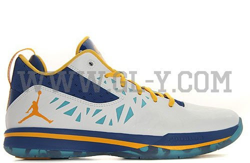 air-jordan-cp3.v-year-of-the-dragon-3