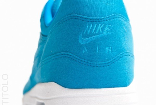nike-air-max-1-dynamic-blue-white-4