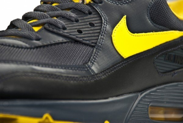 nike-air-max-90-anthracite-yellow-black-neutral-grey-3