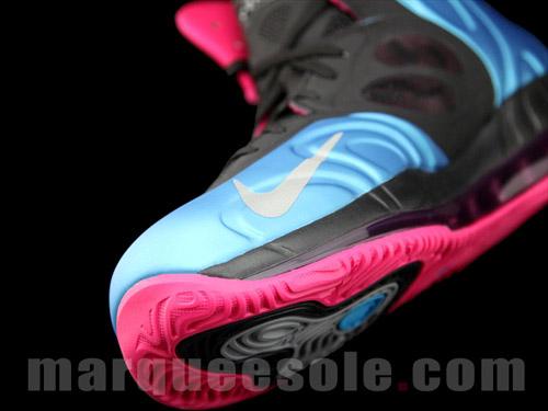 nike-air-max-hyperposite-blue-pink-6