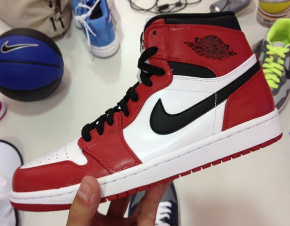 Air Jordan 1 High 'White/Black-Red' 2013 Retro
