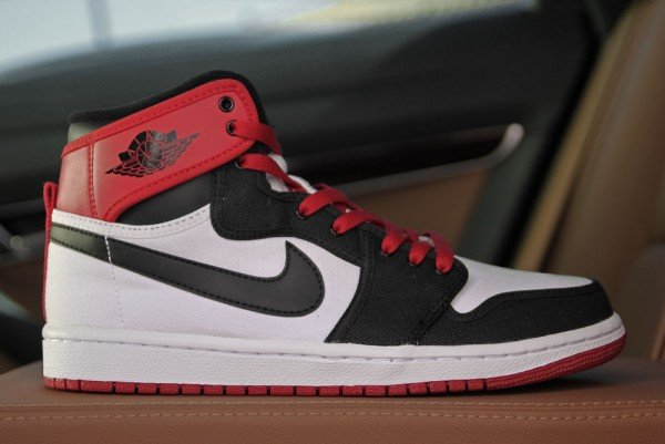 air jordan retro 1 red black white
