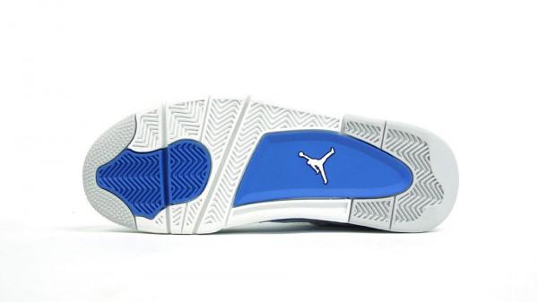 Air Jordan 4 'Military Blue' - More Images