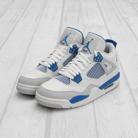 Air Jordan 4 'Military Blue' at Concepts
