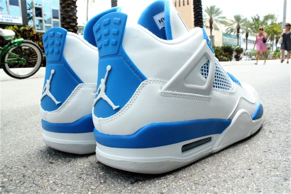 Air Jordan 4 'Military Blue' at Mr. R Sports