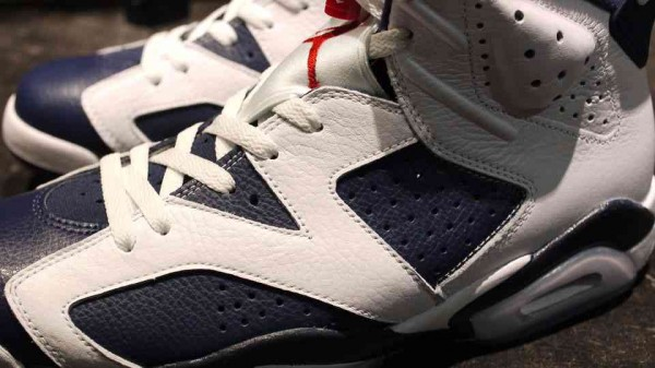 Air Jordan 6 'Olympic' at mita
