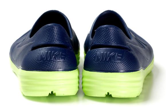 FCRB x Nike Solarsoft Sandal
