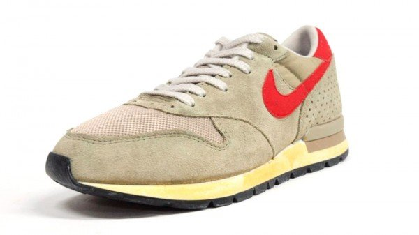 Nike Air Epic Vintage 'Beige/Orange' - Another Look