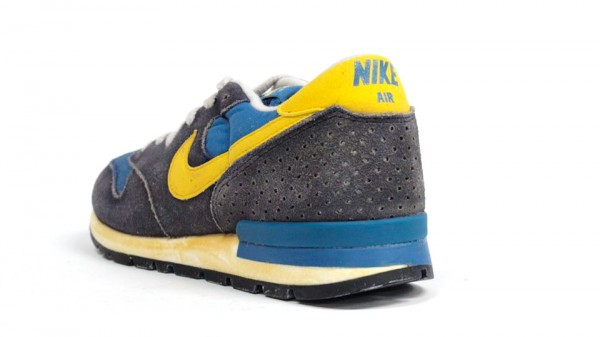 Nike Air Epic Vintage 'Navy/Yellow' - Another Look