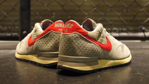 24c822fa60 Nike Air Epic Vintage 'Beige/Orange' | SneakerFiles