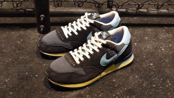 golpear Niño saltar  Nike Air Epic Vintage 'Black/Sax' | SneakerFiles