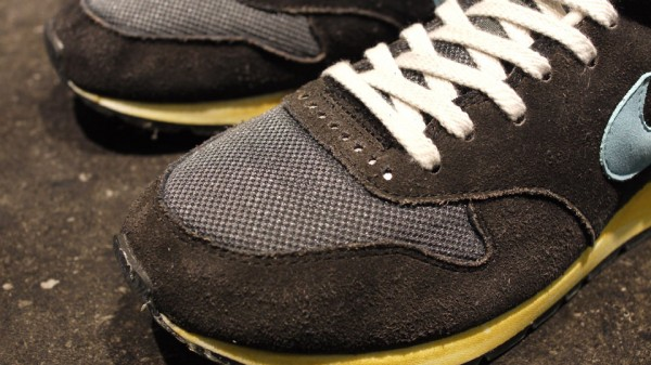Nike Air Epic Vintage 'Black/Sax'