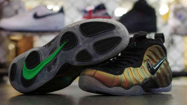 Nike Air Foamposite 'Gym Green' at mita