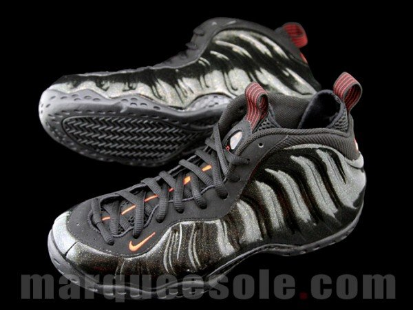Nike Air Foamposite One 'Black/Red-Metallic Gold' Sample