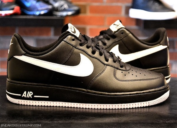 nike air force 1 low black\/white\/black model