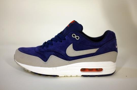 Nike Air Max 1 - Holiday 2012