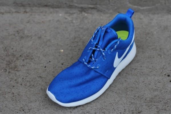 Nike Women's Roshe Run 'Soar'