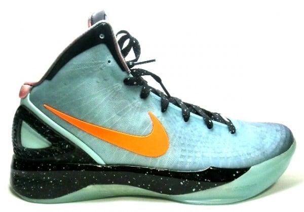 Nike Zoom Hyperdunk 2011 Supreme BG32 'Galaxy'
