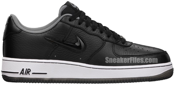 Release Reminder: Nike Air Force 1 Low Jewel 'Black'
