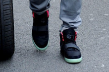 Roger Federer in the Nike Air Yeezy 2