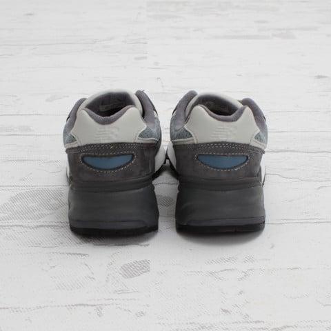 Ronnie Fieg x New Balance 999 'Steel Blue' at Concepts