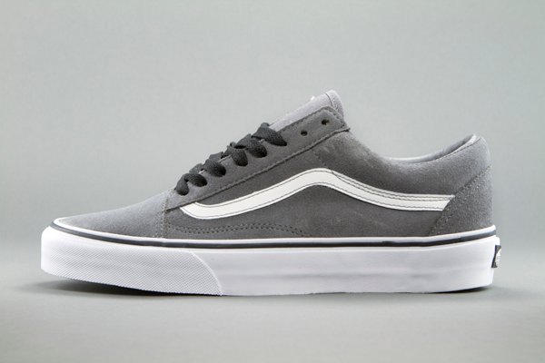 how to clean grey vans