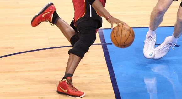813c7de07a4ae Chris Bosh Wears Nike Air Max Hyperdunk 2011 - Finals Away PE ...