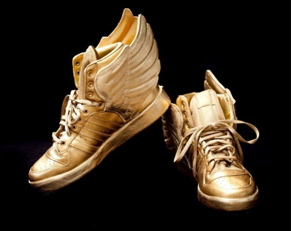 justin-bieber-custom-gold-jeremy-scott-adidas-wings-2.0-2