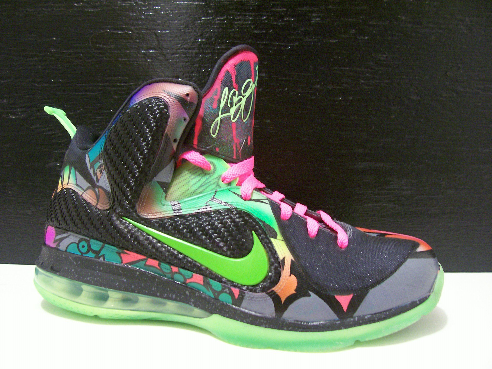 Nike LeBron 9 'Alley Art' Custom by Peculiar Kinetics ...