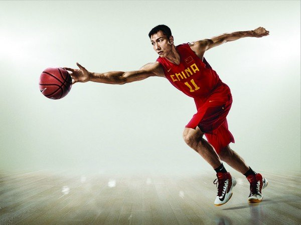 nike-lunar-hyperdunk-2012-china-2