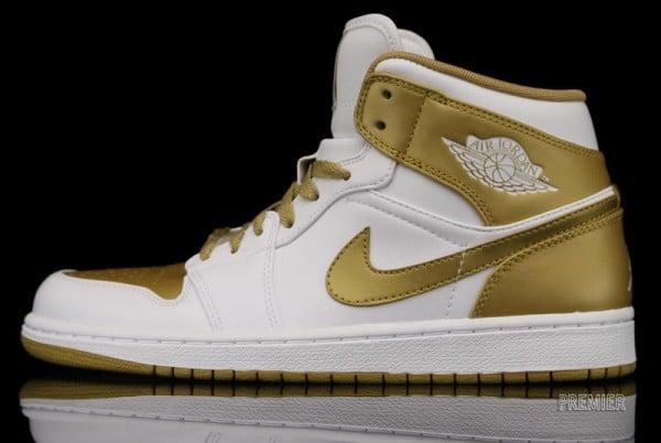 ceee7576a1c Air Jordan 1 Phat 'Gold Medal' at Premier | SneakerFiles