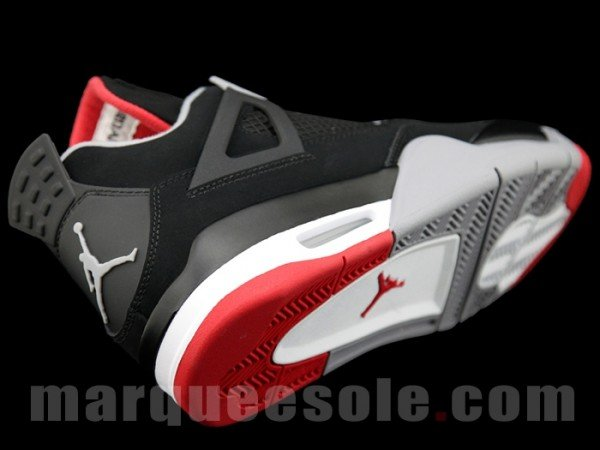 Air Jordan 4 'Black/Cement' - New Images