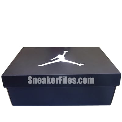 Air Jordan XI (11) Black/Red (Bred) 2012 - Available Early
