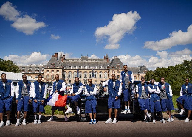 French National Team and Rajon Rondo at the WBF in Paris